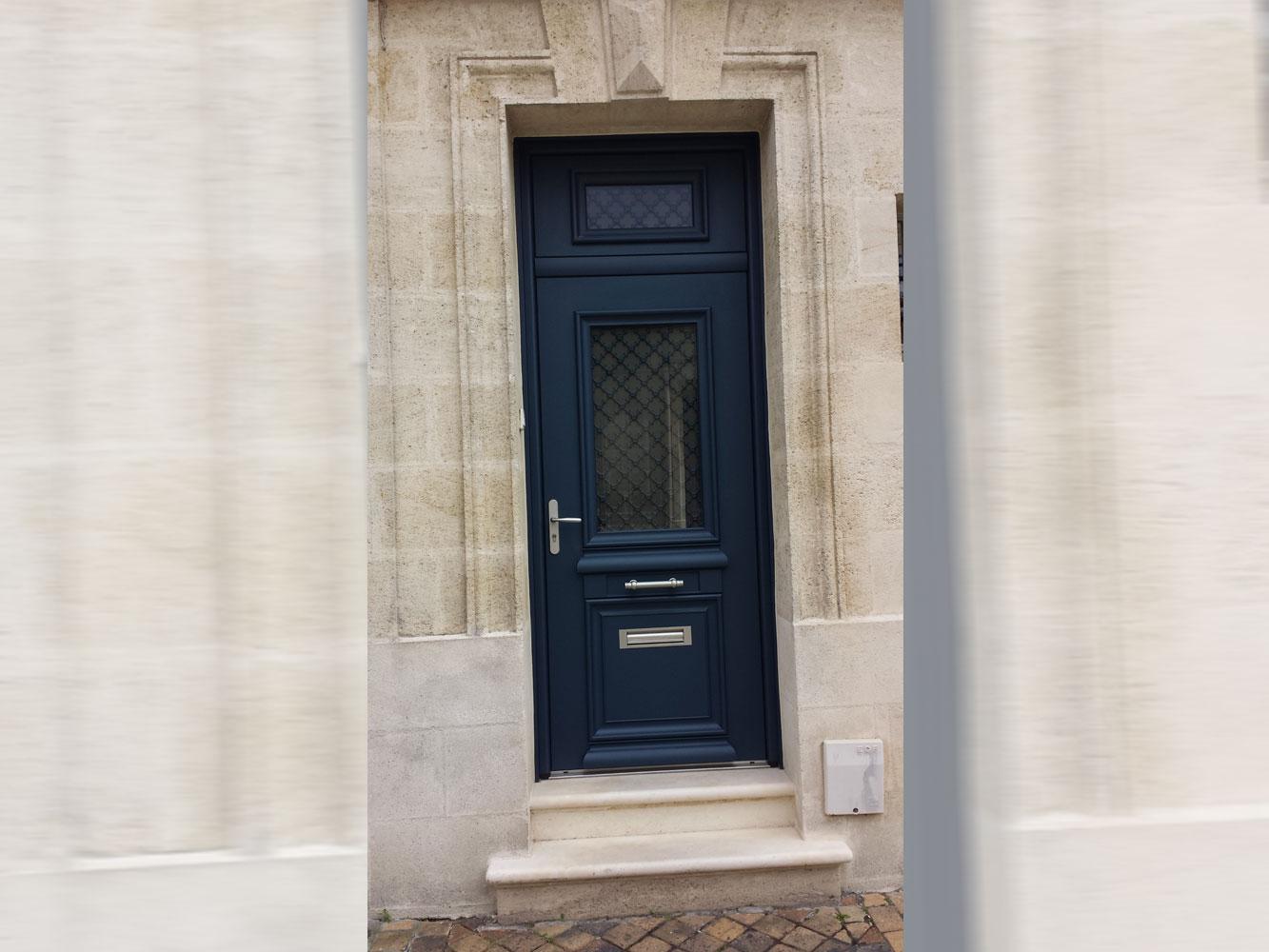 Porte d'entrée mixte noir